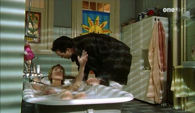 Bettina Kupfer nude - Drei mit Herz s01e07 (1999)