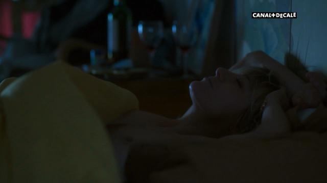 Valeria Bruni-Tedeschi nude - Paris etc s01e11 (2017)