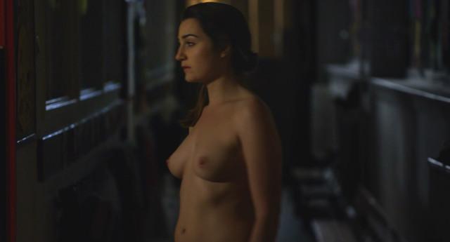 Nina Meurisse nude - Naturally (2015)