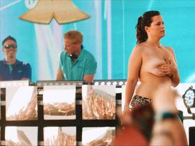 Chantal Zitzenbacher sexy - Die letzte Party deines Lebens (2018)