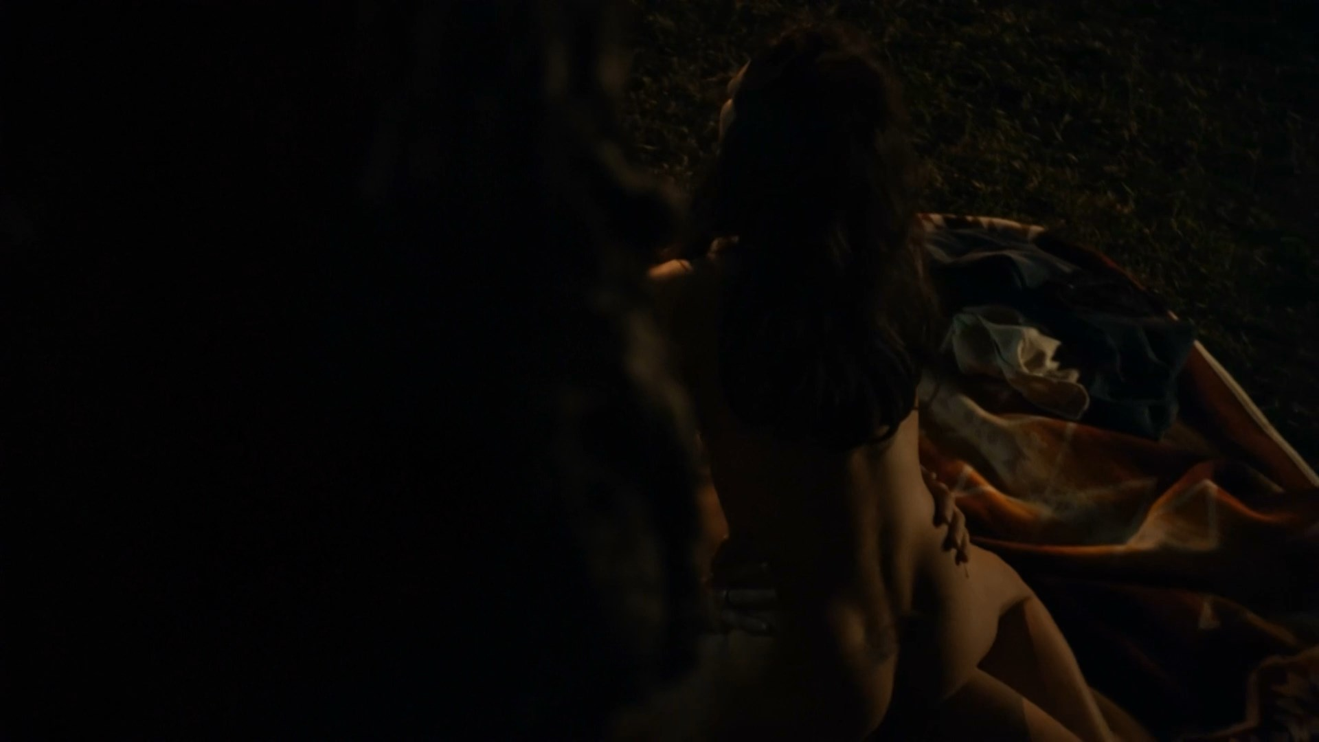 Annabeth Gish nude - The Bridge s01e06-07 (2014)