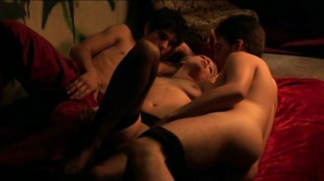 Emilie Lang nude - Chemin de croix (2008)