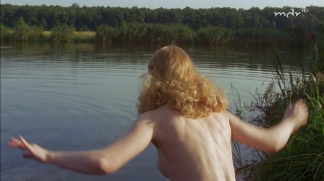 Franziska Petri nude - Tage des Sturms (2003)