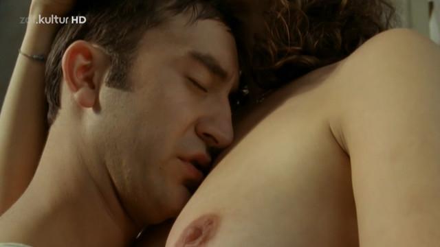 Anne Schafer nude - Cindy liebt mich nicht (2010)
