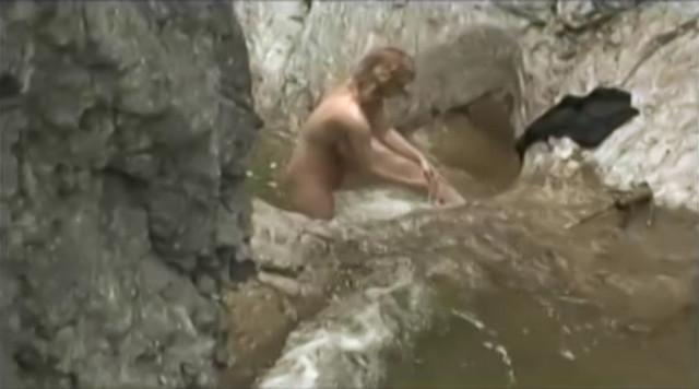 Vica Kerekes nude - Boszorkanykor (2009)