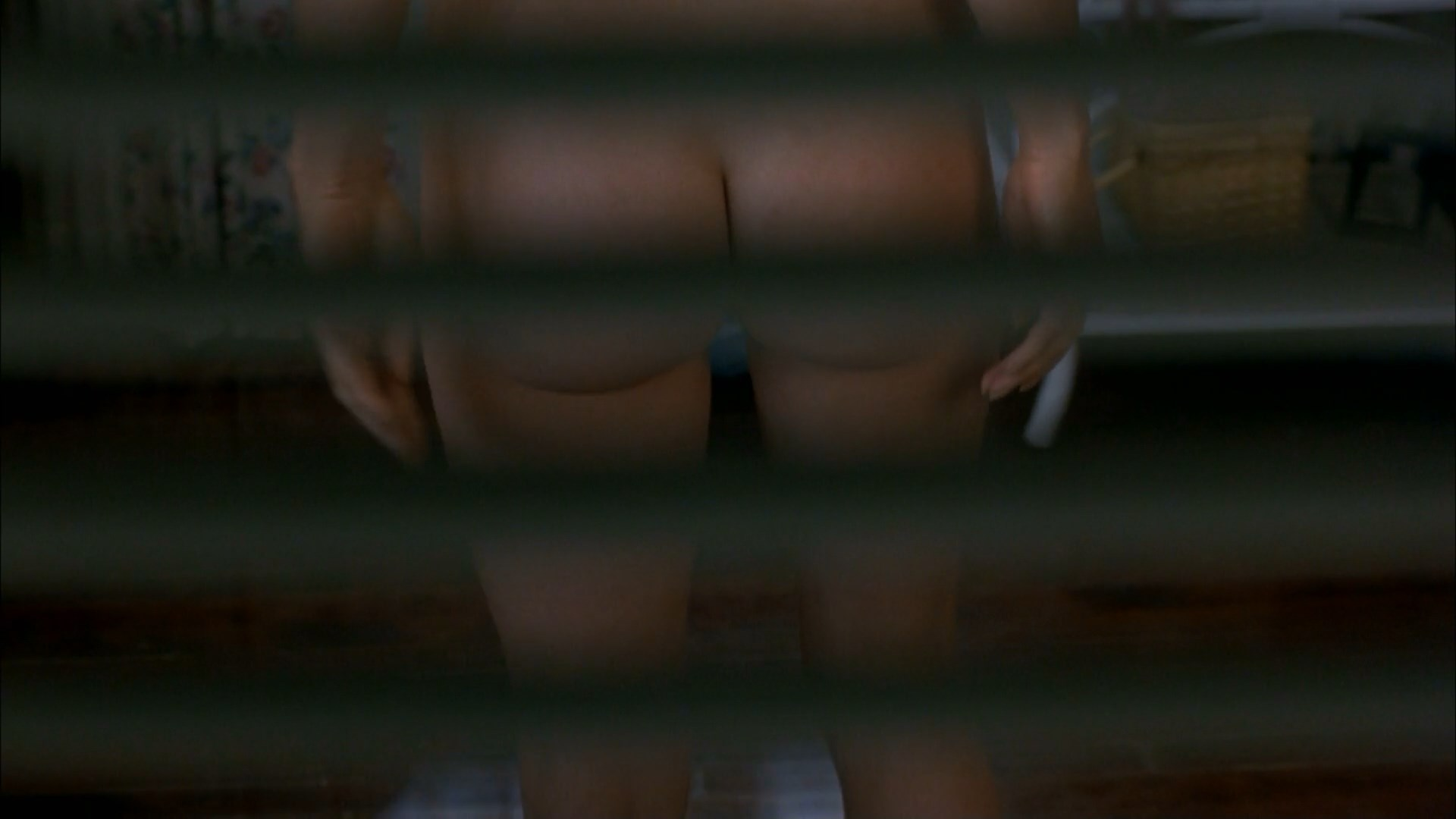 Alicia Silverstone nude - The Crush (1993)