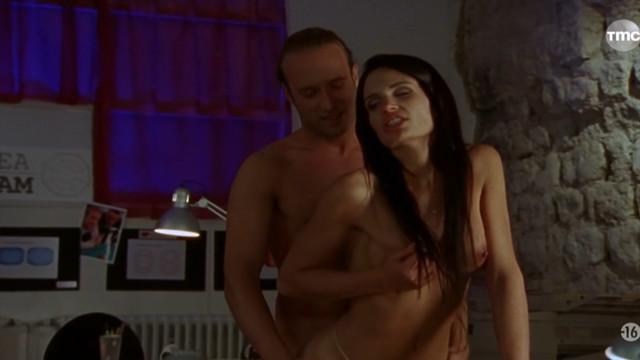 Nina Roberts nude - Vengeance brulante (2005)