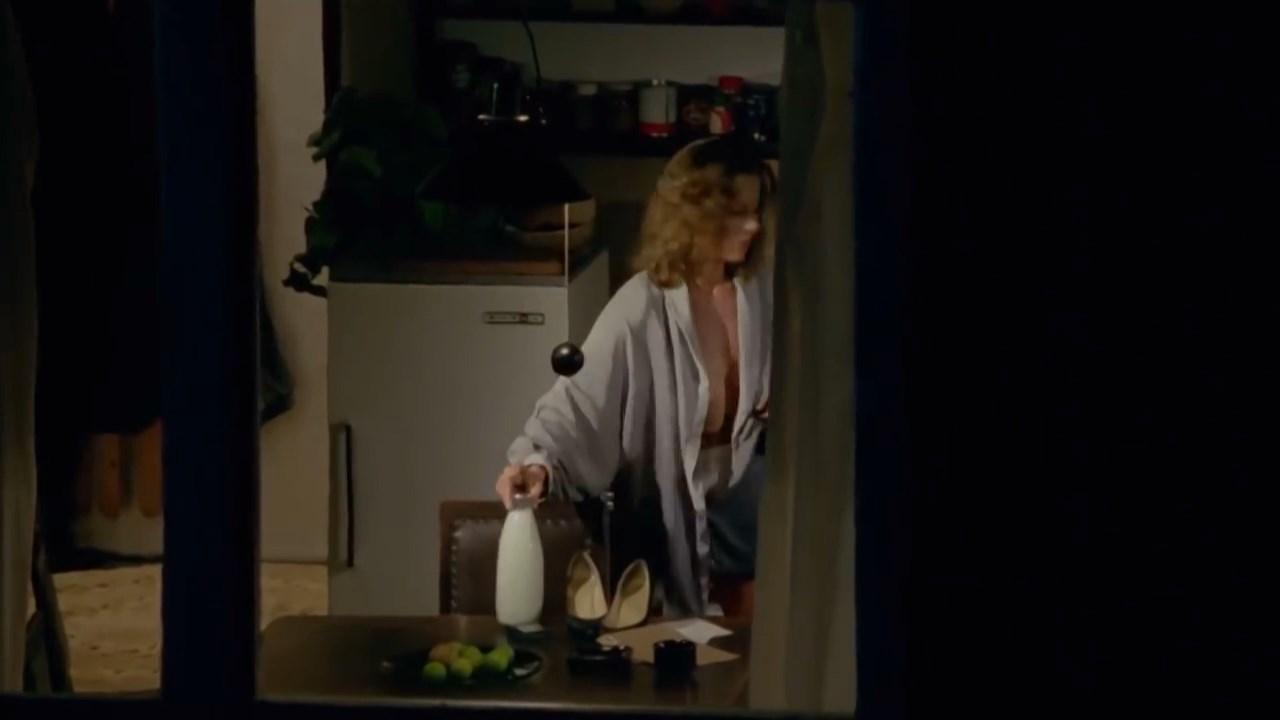 Grazyna Szapolowska nude - Krotki film o milosci (1988)