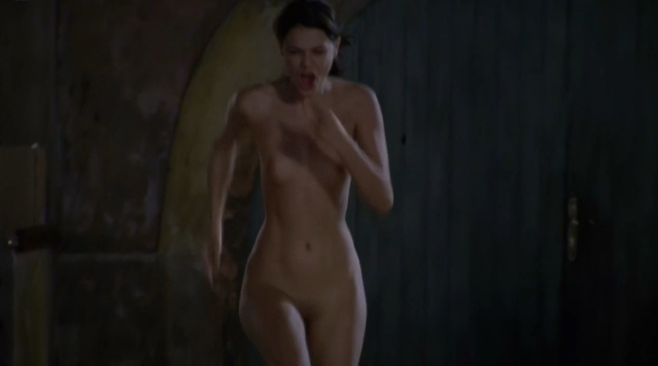 Stephanie Pasterkamp nude - Kaboul Kitchen s01e02 (2012)