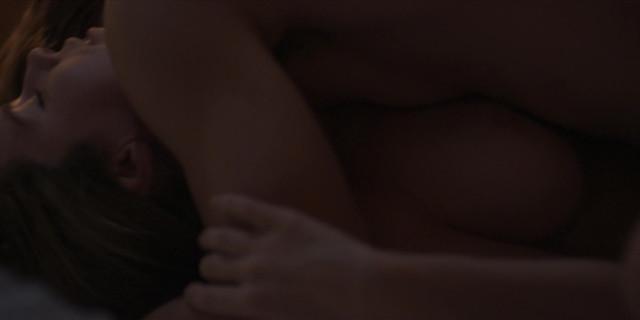 Camila Sodi nude - Luis Miguel La Serie s01e12 (2017)
