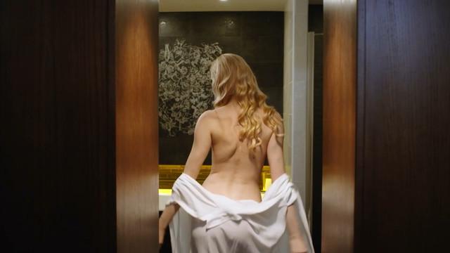 Evgenia Yarushnikova sexy - Sinichka s02e01 (2018)