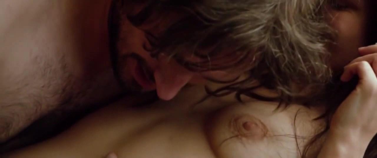 Diana Cavallioti nude - Ana, mon amour (2017)