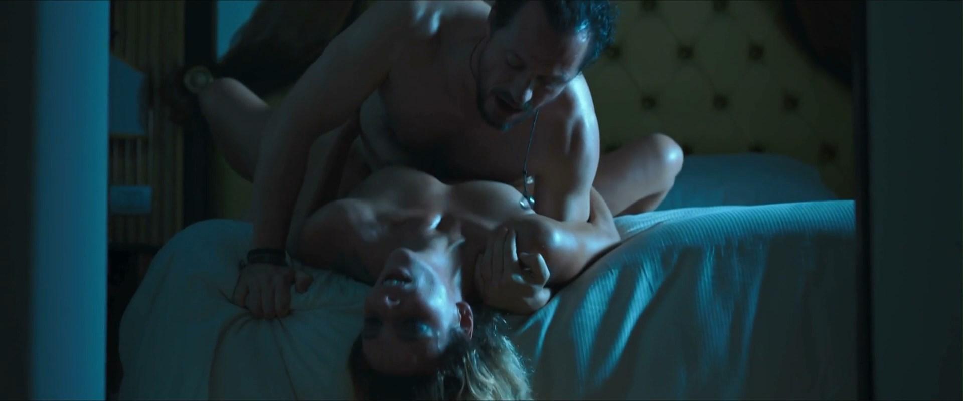 Jasmine Trinca nude - Fortunata (2017)