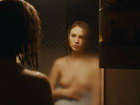 Zofia Wichlacz nude - Rojst s01e02 (2018)
