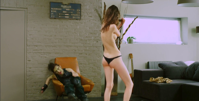 Manon Leloup nude - Body Language (2014)