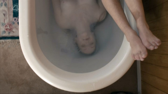Charlotte Spencer nude – Glue s01e01 (2014)