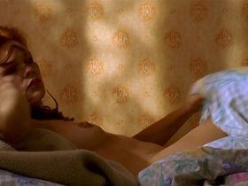 Beata Kawka nude - Sezon na leszcza (2000)
