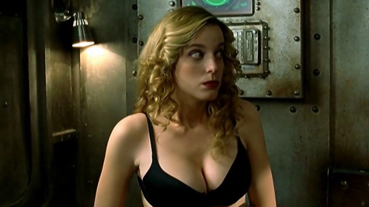 Carolina Bang sexy - Pluton B.R.B. Nero s01 (2008-2009)