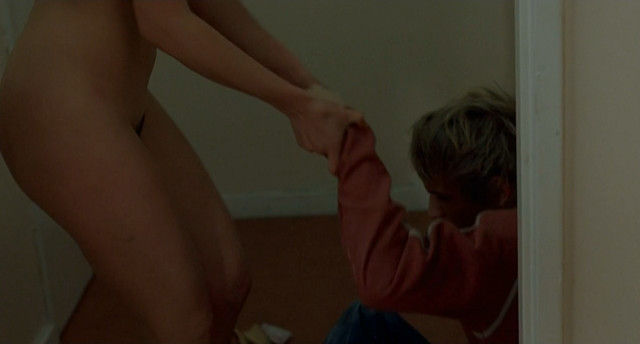 Arta Dobroshi nude - Le silence de Lorna (2008)