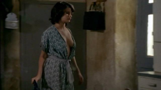Marina Golovine sexy - Maigret s01e26 (1997)