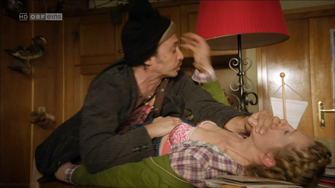 Brigitte Kren sexy - Vier Frauen und ein Todesfall s06e03 (2014)