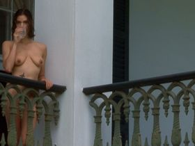 Teri Hatcher nude - Heavens Prisoners (1996)