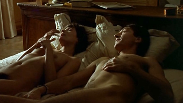 Marie Trintignant nude - One summer night in town (1990)
