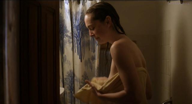Lucy Wirth nude - Schwarzer Panther (2014)