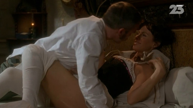 Mathilda May sexy - Au siecle de Maupassant s02e02 (2009)