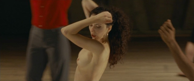 Marta Domingo nude - Simon Konianski (2009)
