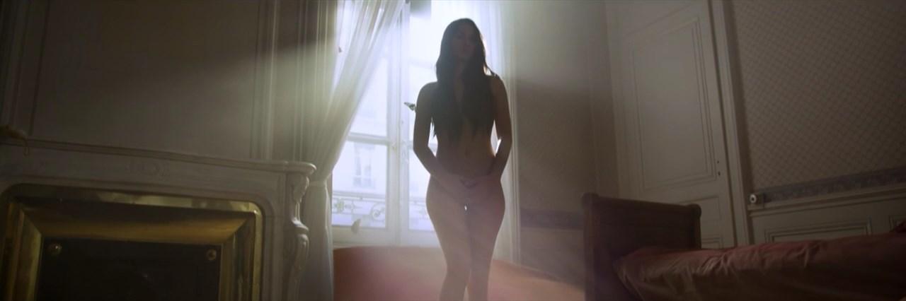 Ana Falvius nude - Revalites (2014)