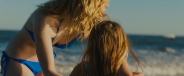 Elle Fanning sexy - Galveston (2018)