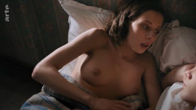 Ekaterina Gudina nude - Krieg der Traume s01e07 (2018)