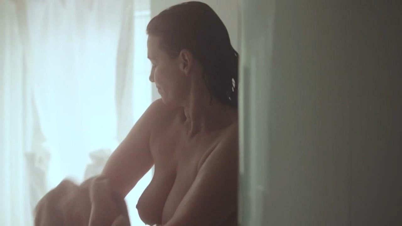 Sabine Vitua nude - Fingerspiel (2014)