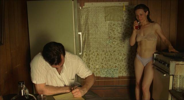 Lili Taylor nude - Factotum (2005)