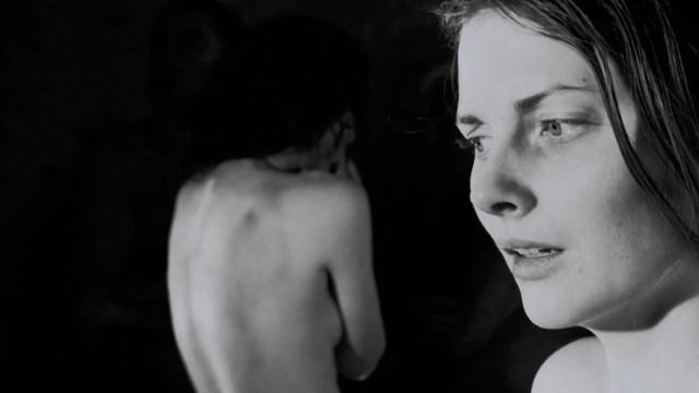 Nanna Marie Axelsen nude - Den endelige losning (2013)