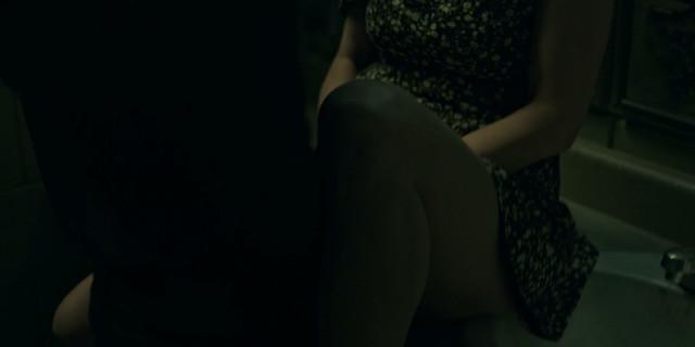 Jordana Spiro sexy - Ozark s02e04 (2018)