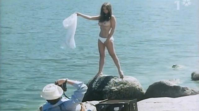 Christina Lindberg nude - Rotmanad (1970)