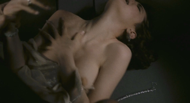 Elizabeth McGovern nude - Once Upon a Time in America (1984)
