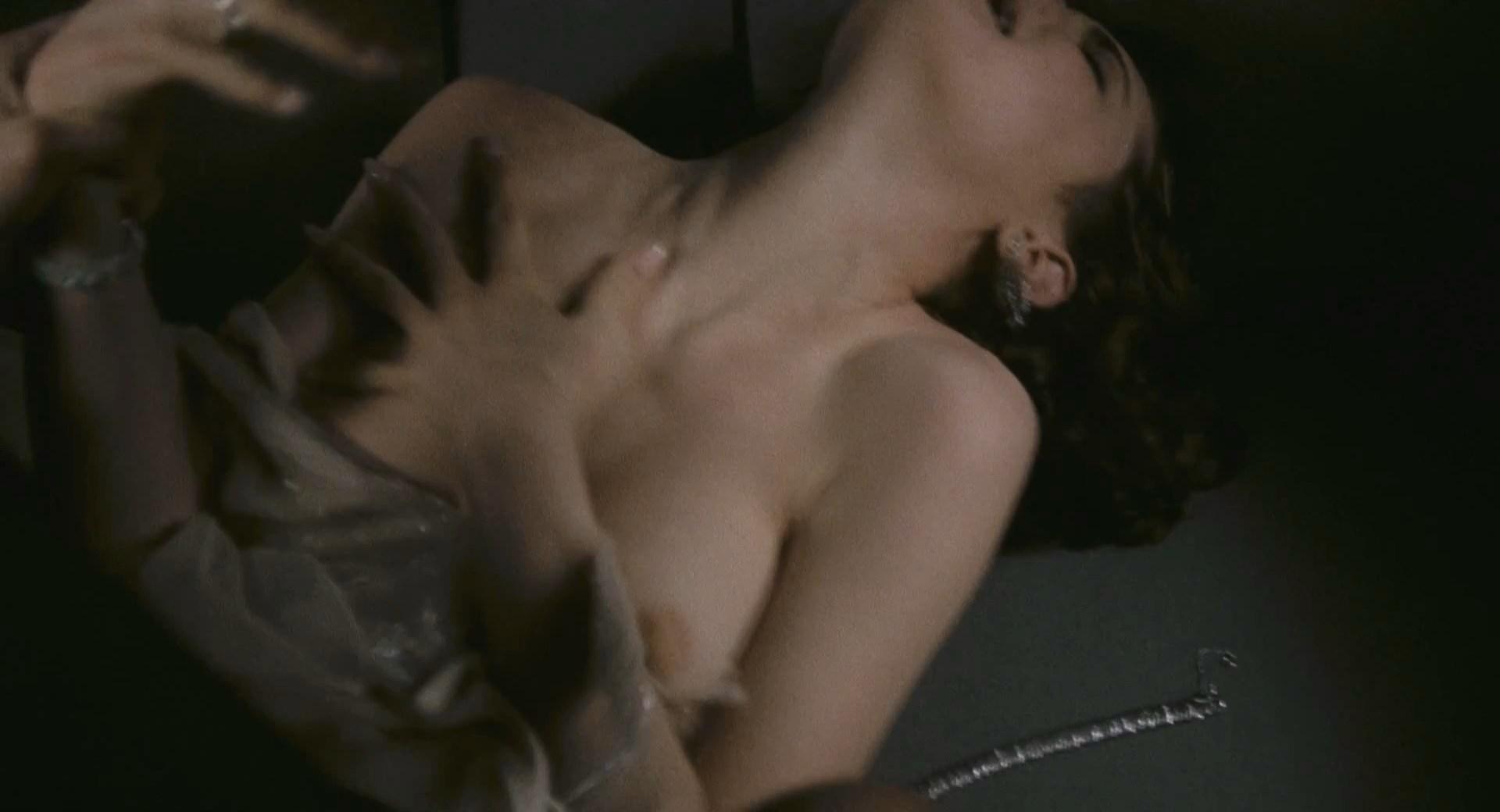 Porn pictures elizabeth mcgovern sex tape