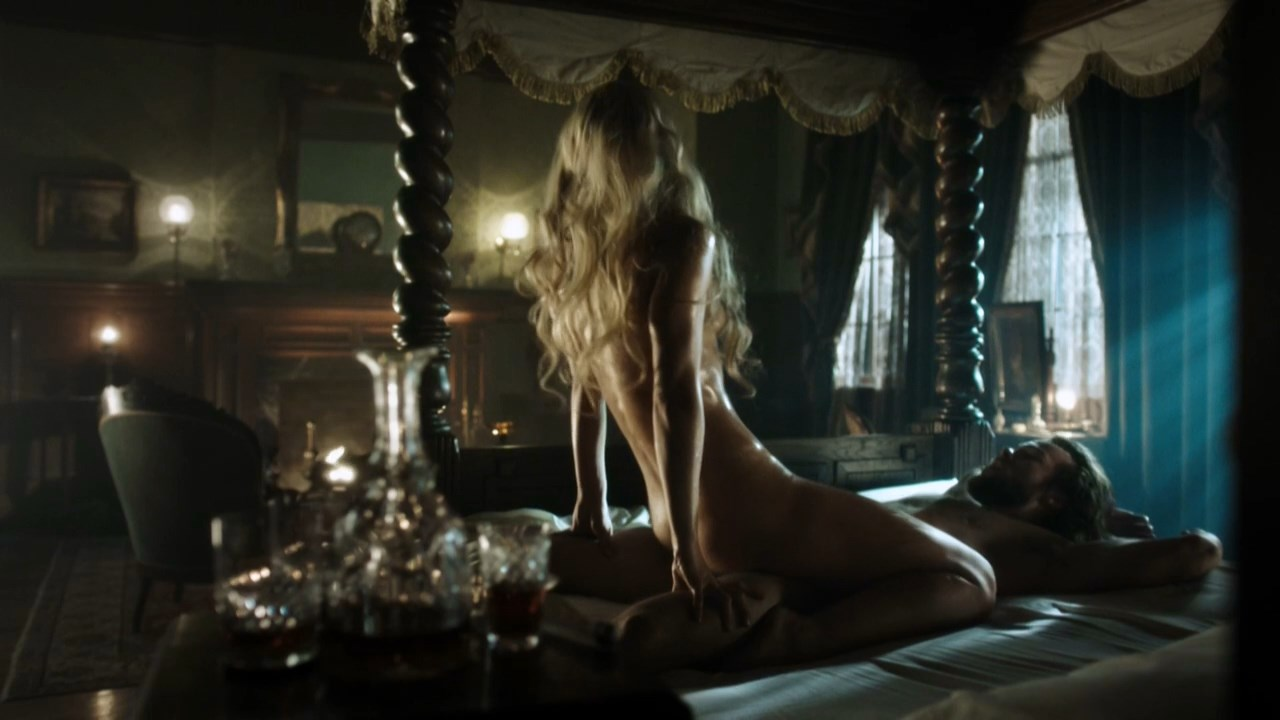 Anastasia Griffith sexy - Copper s02e01 (2013)
