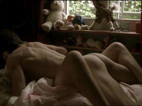 Lena Lauzemis sexy - Yugotrip (2003)