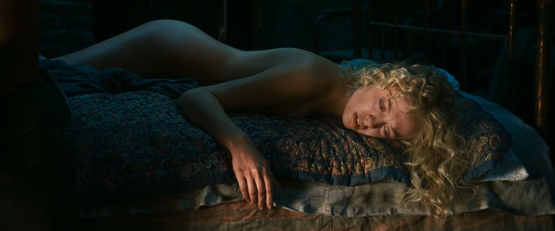 Yanina Studilina nude - Stalingrad (2013)