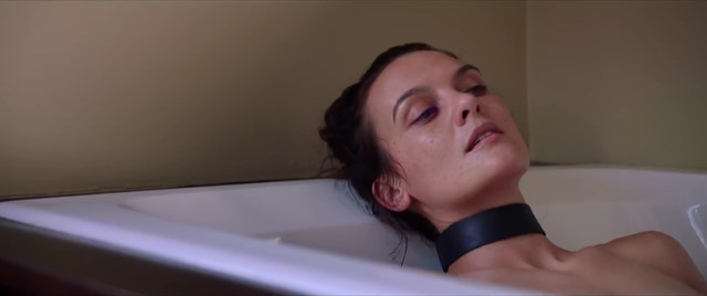 Frankie Shaw nude - Bad Peter (2017)