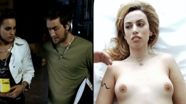 Veronica Echegui nude - Yo soy la Juani (2006)