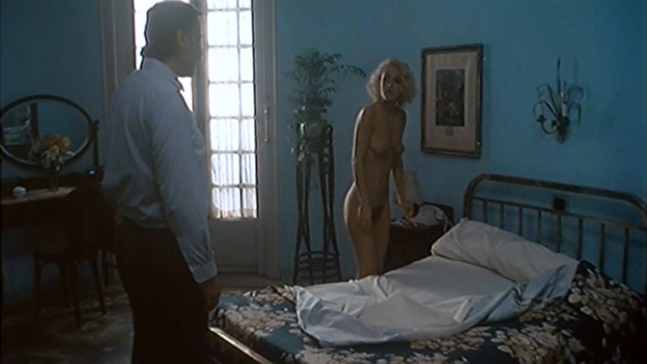 Fanny Touron  nackt