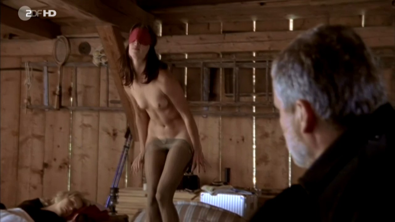 Anneke Schwabe nude - Das Beste kommt erst (2008)
