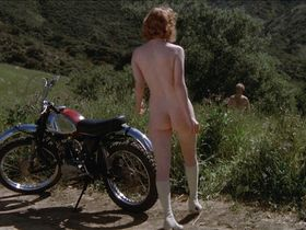 Colleen Brennan nude - Invasion of the Bee Girls (1973)