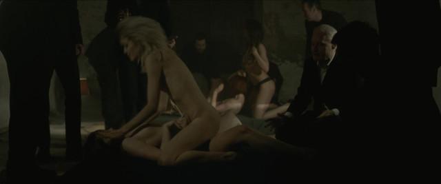 Charlotte Gainsbourg nude - True Crimes (2016)