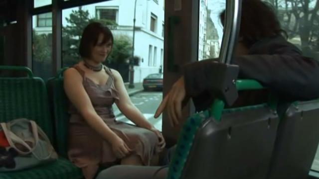 Pamela Ravassard nude - Vivre! (2009)